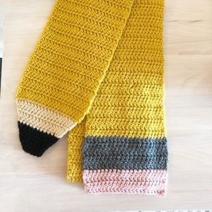 Accessories - 🎄After Christmas SALE 🎄 Handknit Pencil Scarf